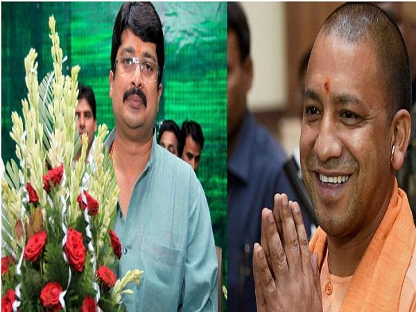 bahubali leader raja bhaiya meets yogi