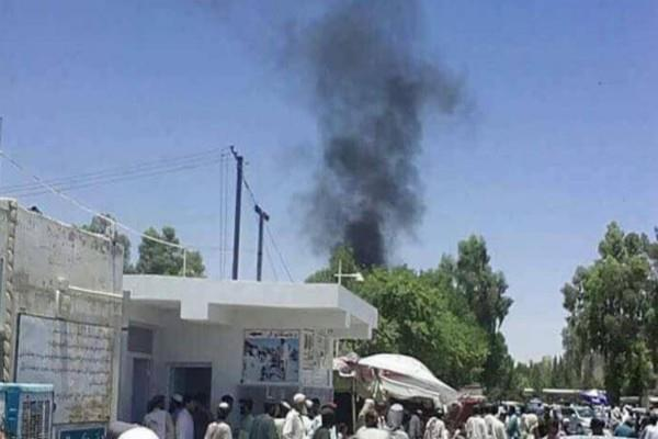 car bomb explodes in afghanistan 29 people die