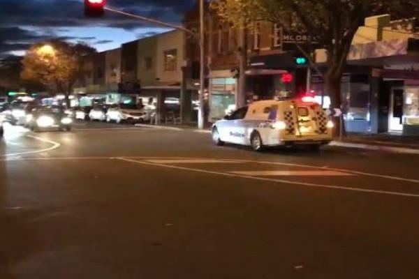 blast and hostage situation at apartment in melbourne