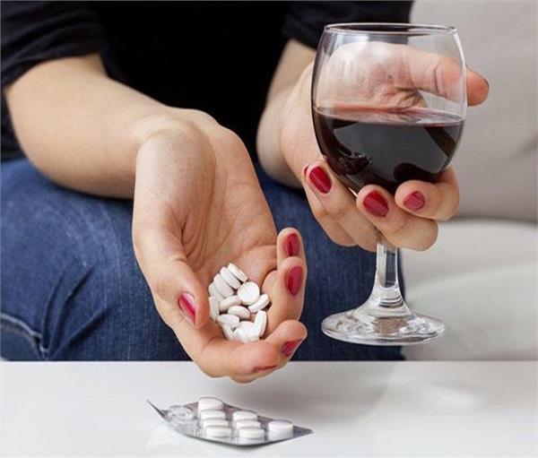 Image result for दवाओं का अत्यधिक सेवन
