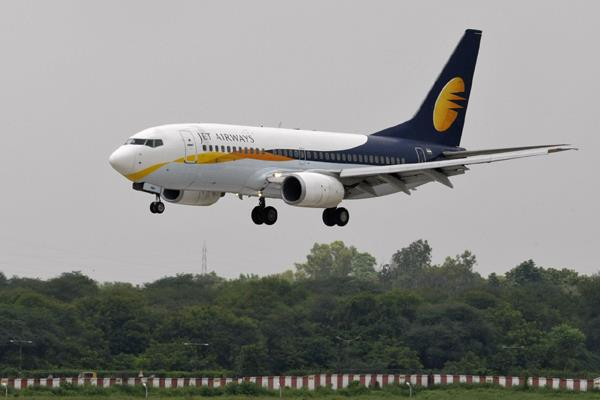 india  s jet airways gifts free lifetime flights to baby born mid air
