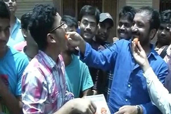 these 30 students in the iit exam