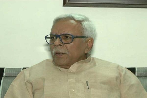 nitish should leave personal anger and talk to lalu sivananda