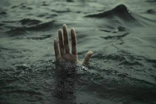 jalandharyoung man submerged in gobind sagar lake