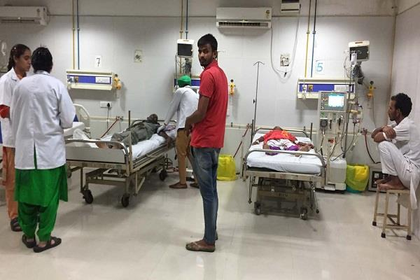 free dialysis facility in government hospitals fees being charged