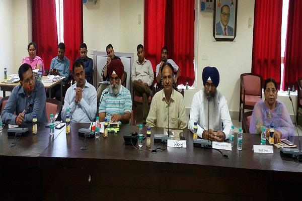 municipal corporation running without commissioner