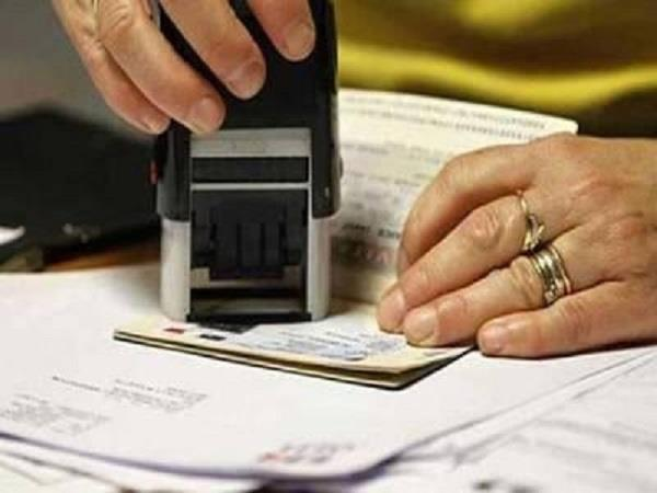 us to resume fast processing of h 1b visas