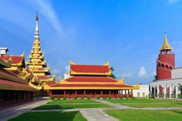 the royal palace in mandalay