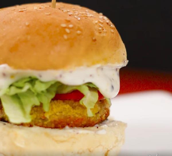 Image result for अपने बच्चों के लिए घर में बनाएं मजेदार बर्गर