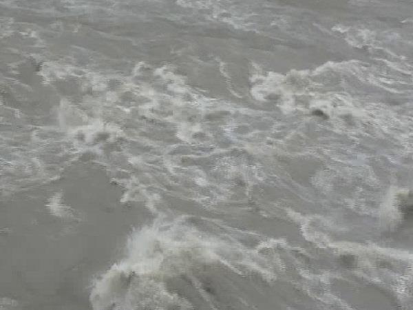 heavy rain from ravi on the boom landslide from half dozen road closed