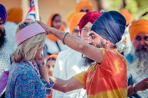 sikh held turban program in australia