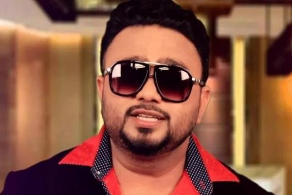 actress and  gangrepe case invoicing in court against singer jelly