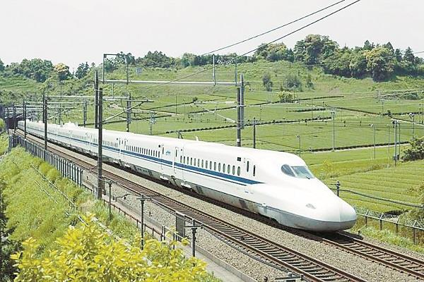 second bullet train of the country will run between amritsar and delhi