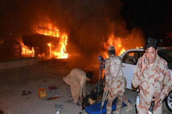 pakistan blast in quetta city 17 people kille