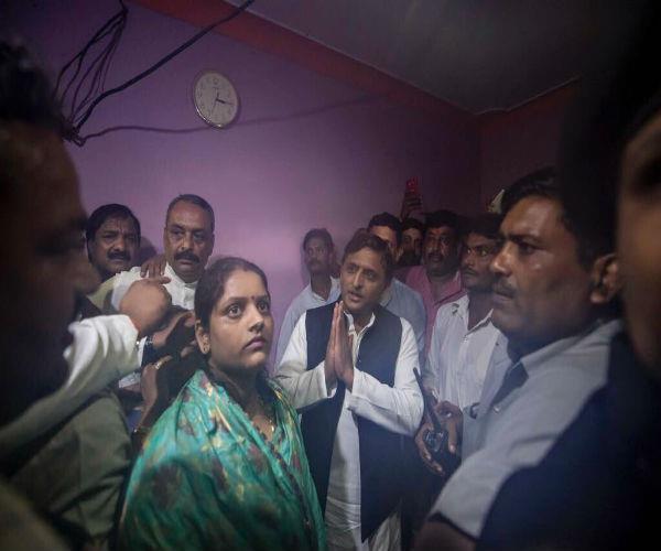 akhilesh yadav from family of deceased children