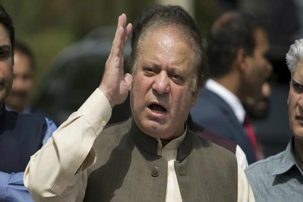 sharif attack on the judiciary and army
