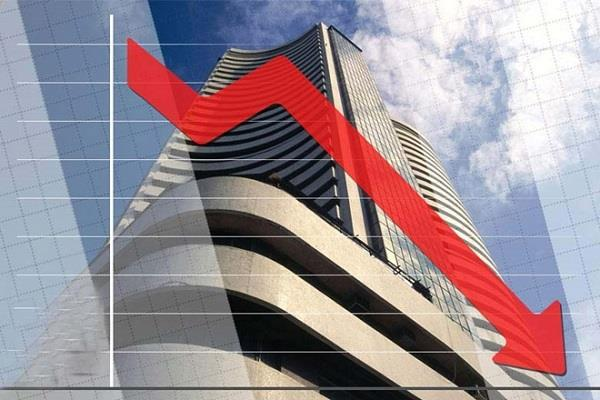 weekly rolled market due to stress  investors lose crores rupees