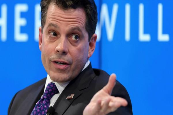 scaramucci magazine at odds over his profanity laced call