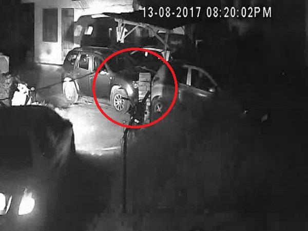 cctv in captured collision of cars but the police this knot confused