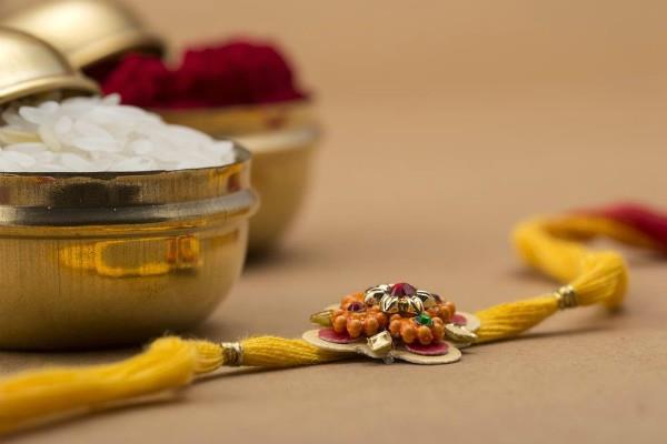 send your rakhi from meratask