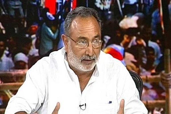 dismissed leader angry on nitish kumar