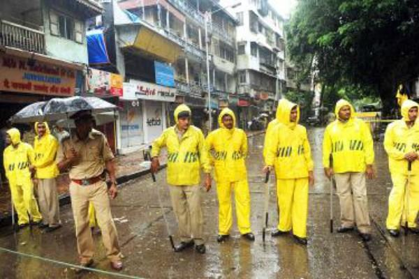 these heroes are handling to mumbai