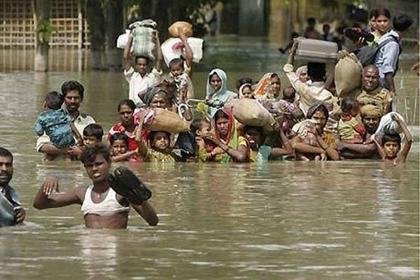 demand from center for sending army to tackle floods in bihar