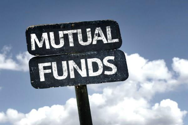stock investment schemes of mutual funds to new heights