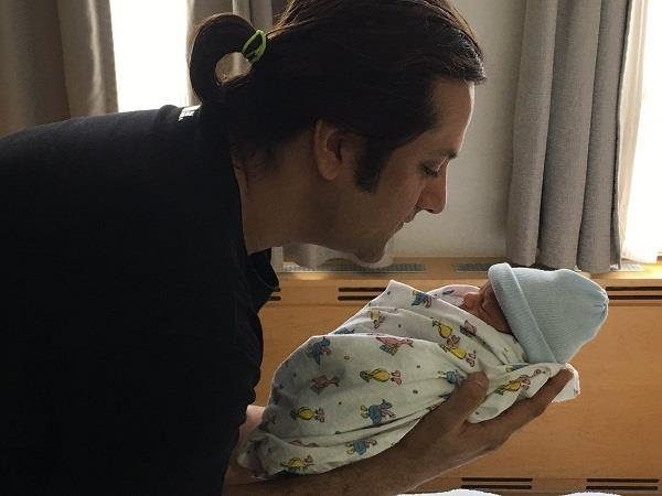 fardeen khan share picture of his son