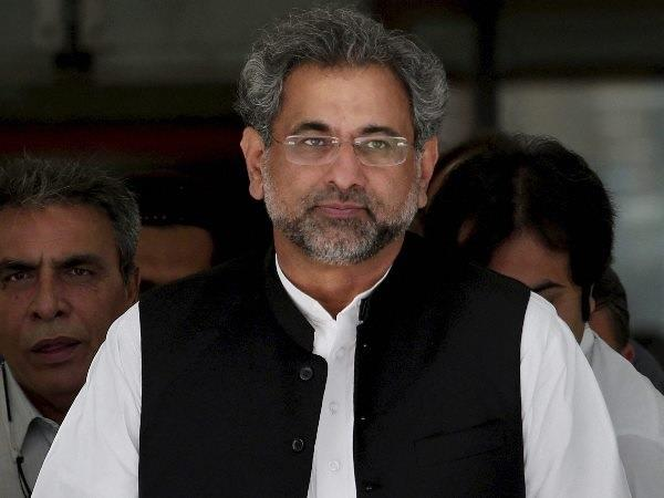 qureshi refuses shake hands new pak pm abbasi