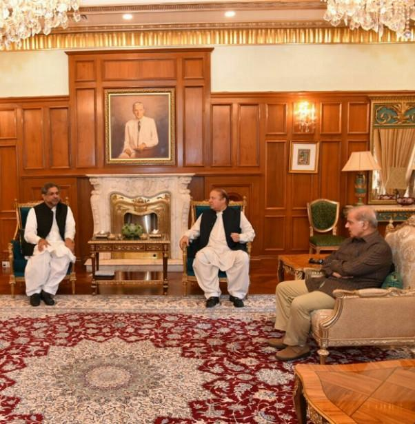 pm abbasi consults nawaz sharif on new cabinet members