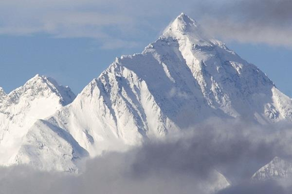 due to controversy of doklam nepal stopped project of measure of everest
