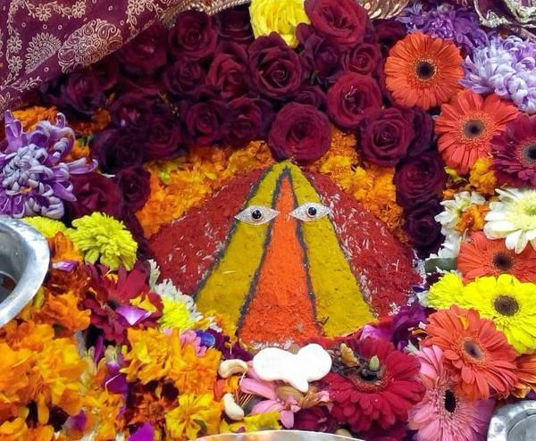 live darshan of maa chintapurni