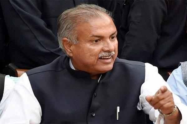 high court notice to yashpal malik