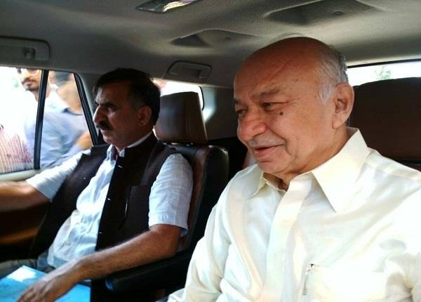 congress in rebels of upon return shinde with sukhu also silenced
