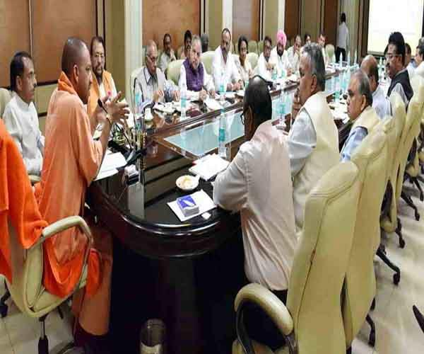 to become teacher tet pass candidates must give one and test yogi cabinet
