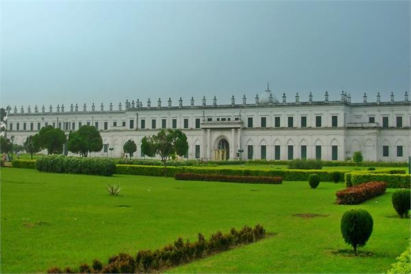 1000 दरवाजें वाले इस महल की खुबसूरती देख कर आप भी हो जाएंगे हैरान
