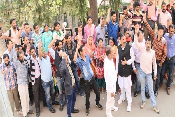 fourth time strike went on angry saheb employees