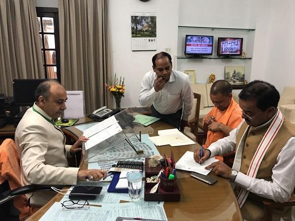 cm yogi and keshav maurya will resign from today s lok sabha membership