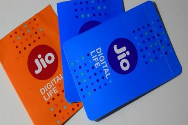 jio earning millions of crores of rupees in 1 year