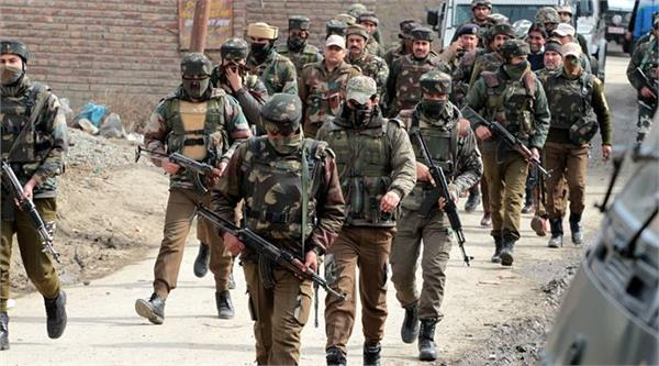 stonepelting on army  s caso in pulwama