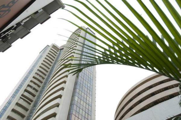 27 points gain in sensex nifty closes with declines