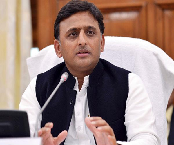 akhilesh  s trunk on the bullet train  bjp will not be challenge us