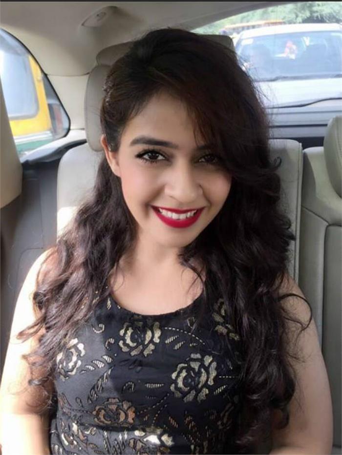 neha pawar to enter punjabi movie now