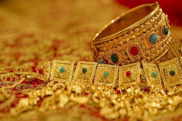 gold and silver shine  it is today  s price