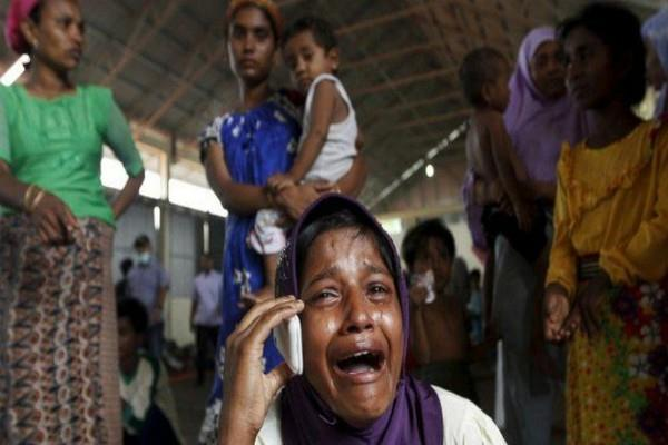 bangladesh bans local telecoms from selling mobile phone rohingya refugees