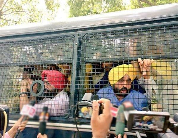 aap protest against corruption mann arrested