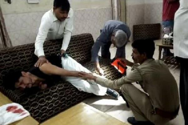 in up mischief enter the train and roast guard with bullets