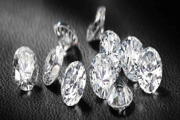 world  s first diamond futures market starts