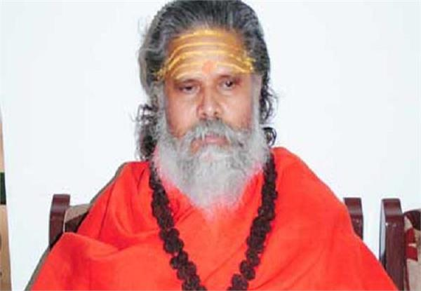 mahant threatens to kill him after cracking down on fake baba